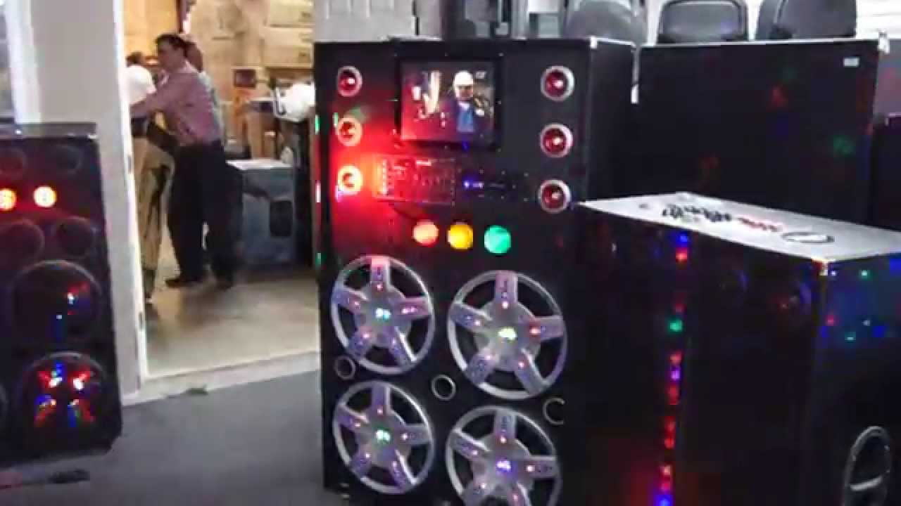 Giant Pa System 4 15 Quot Speakers Traffic Lights 9 Quot Display