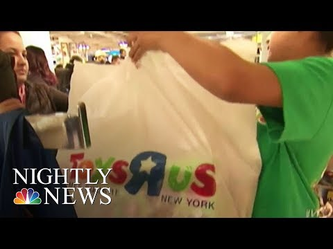Toys 'R' Us Files For Chapter 11 Bankruptcy Protection | NBC Nightly News