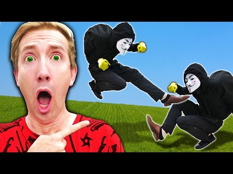 TWIN HACKERS? I Disguise as Hacker PZ9 & Regina Pretends to be PZ2 Undercover  Life Swap Challenge