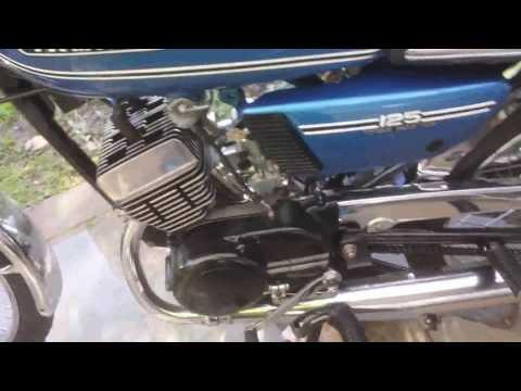 Yamaha RD125 Mikuni