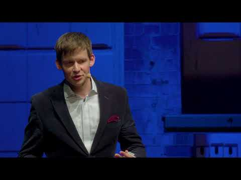 How everyone can contribute to net positive living | Philipp Buddemeier | TEDxHHL