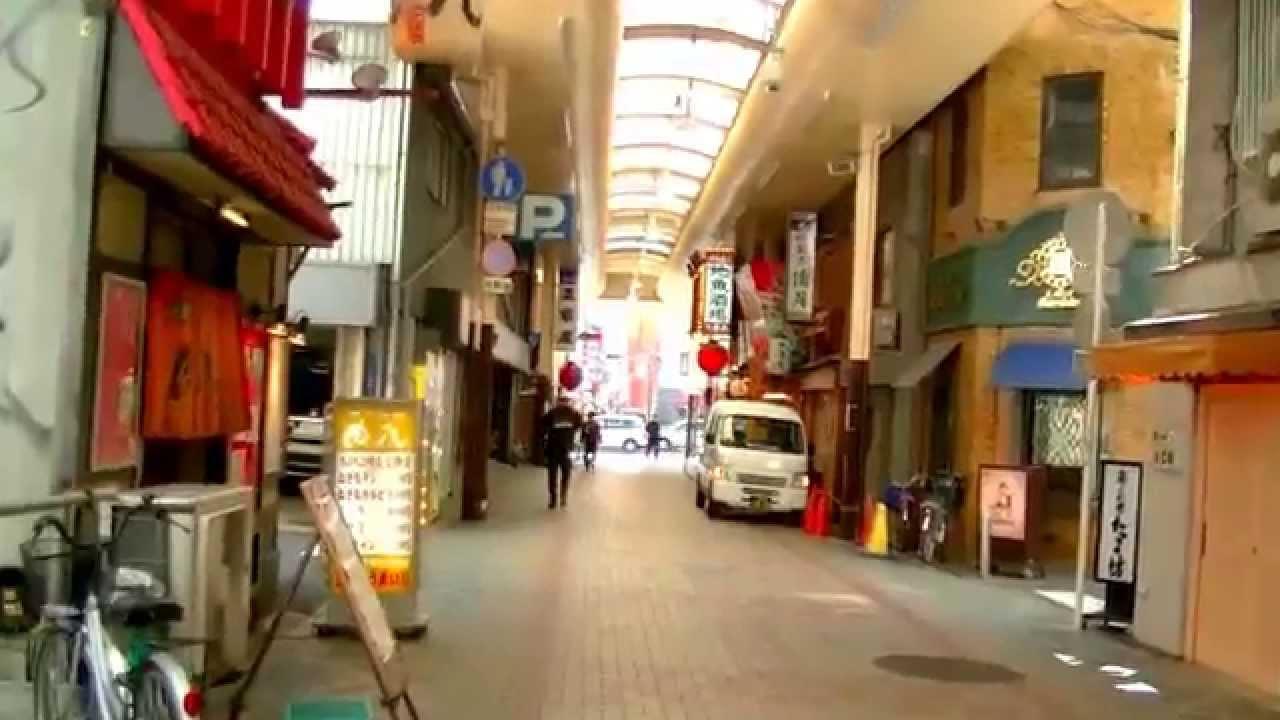 2017 大阪自由行-道頓堀商店街步行往難波Floral花園酒店 - YouTube