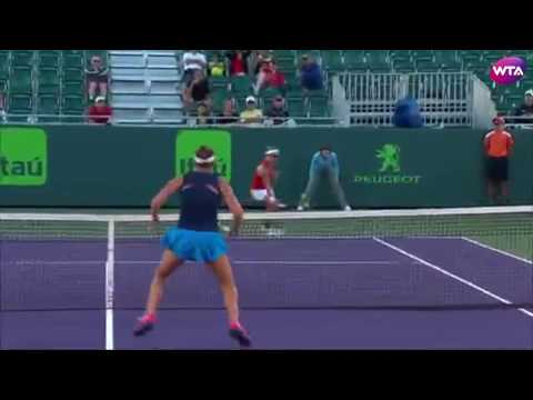2017 Miami Open Day 1 | Shot of the Day | Kirsten Flipkens