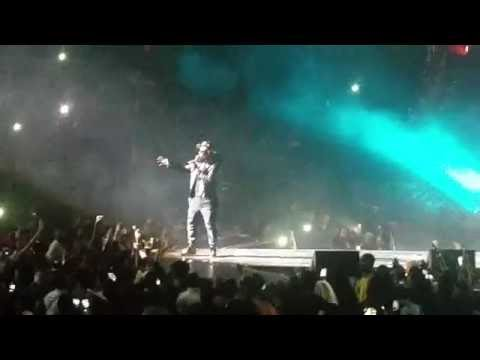 """R Kelly @ The Verizon Center, DC 11-13-16 """"Concert Rules"""""""