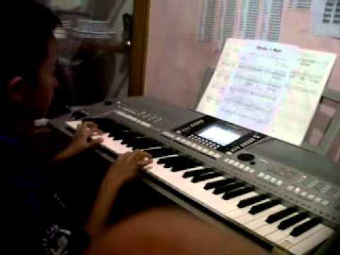hisyam main keyboard rindu setengah mati.3GP