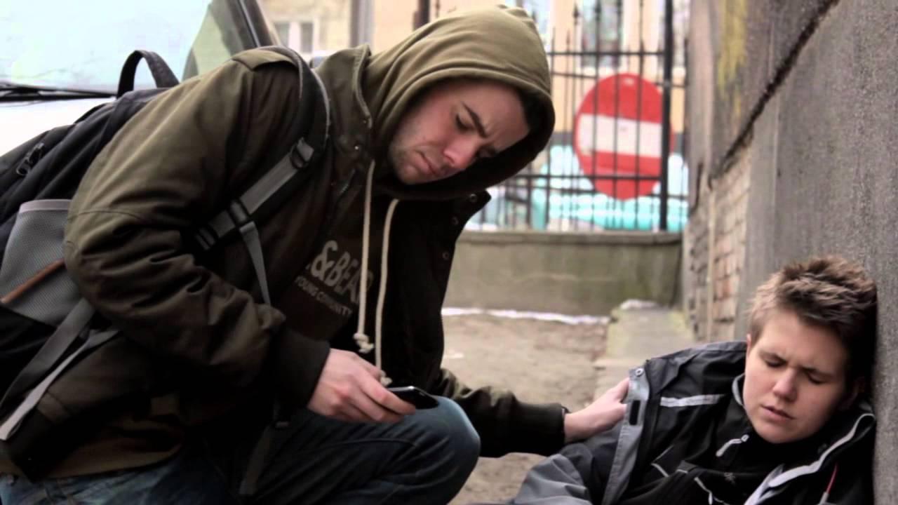 [tylko dla ludzi o mocnych nerwach] - Szokujący film promujący pierwszą pomoc