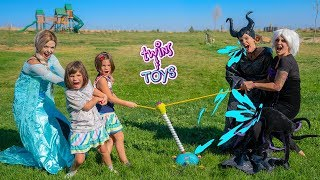 Frozen Elsa, Kate and Lilly Tug O War vs Maleficent and Ursula