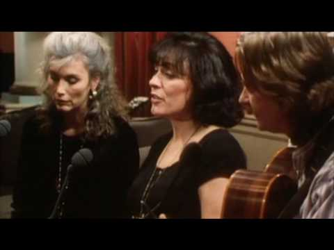 Mary Black with Emmylou Harris - The Loving Time