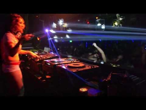 DJ ay claudia mille's