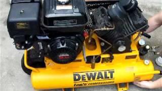 dewalt d55271 8 horsepower 8 gallon oiled twin pontoon gas compressor
