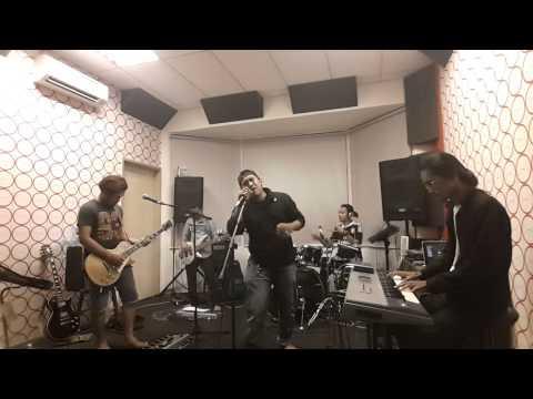 MOJO Dahsyat band Cover