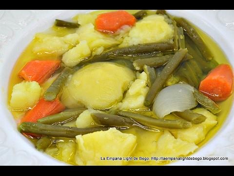 hervido pollo con verduras
