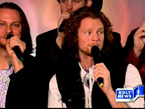 """Home Free Performs """"Grandma Got Run Over By A Reindeer On KDLT News Today"""