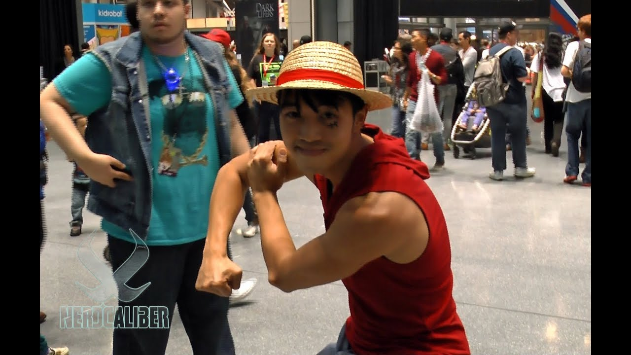 Monkey D Luffy One Piece Cosplay At New York Comic Con Youtube