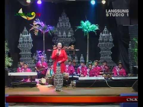 Campur sari CSGK MANTHOUS Konco Tani Voc Lasmini - LIVE JOGJA TV