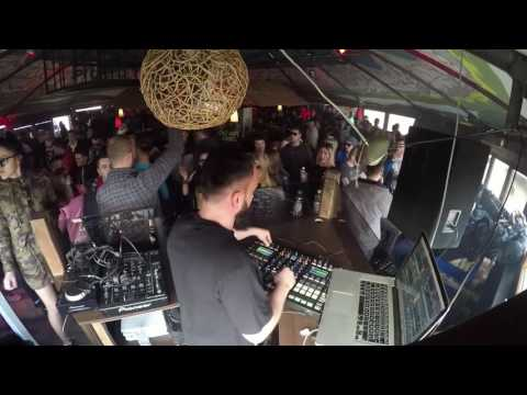 Adot live at Stereo groove presents Technasia