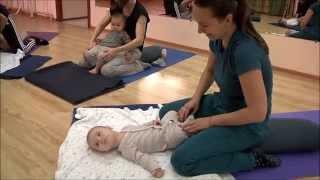 Беби йога Birthlight в Украине(Практика беби-йоги Birthlight — это наполненное любовью взаимодействие ребёнка и родителя, это мягкие прикосно..., 2015-11-26T17:36:33.000Z)