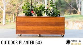 Join me to learn how to make an outdoor planter. Its very simple construction and a great weekend project. Also a great project for ...