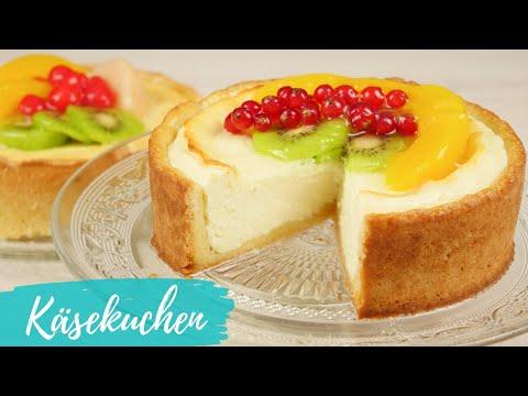 Käsekuchen backen | Klassischer Käsekuchen mit Obst