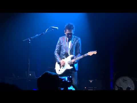 Tomoyasu Hotei Live @ The ROUNDHOUSE 'HOWLING' 18/12/2012