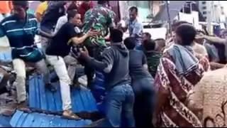 Ngeri!! Detik- Detik Evakuasi Jenazah Korban Gempa Di Meureudu Pidie Jaya   7 Desember 2016