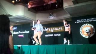 Video video-2012-11-18-17-39-00.mp4 sta lucia east mall @bryantermulo dance prod download MP3, 3GP, MP4, WEBM, AVI, FLV September 2017