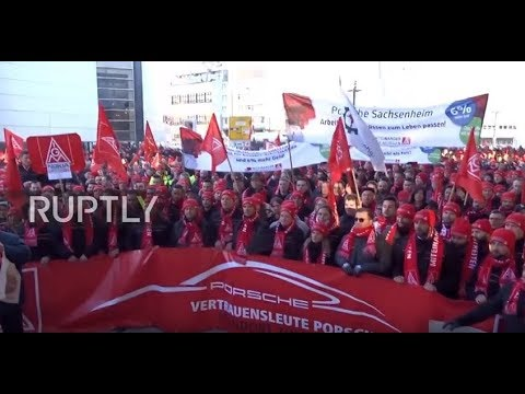 Germany: Porsche employees join industrial workers strike in Stuttgart
