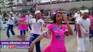 محافظ بورسعيد يستقبل طاقم أكبر السفن السياحية.. فيديو وصور