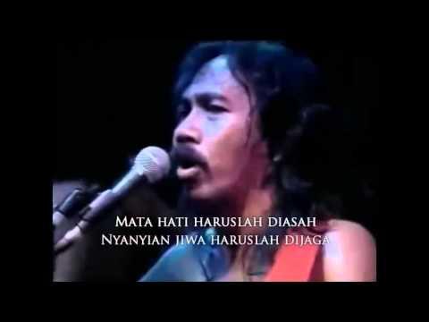 Iwan Fals - Nyanyian Jiwa - Live Surabaya 1990