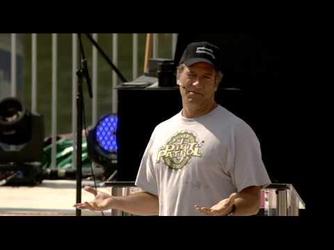 Mike Rowe speaks at the 2013 National Jamboree