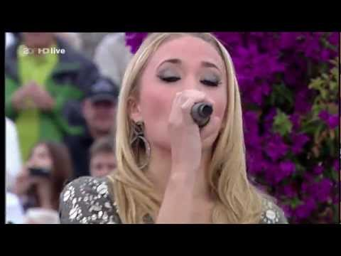 Emily Osment - Let's Be Friends (Live On ZDF Fernsehgarten)