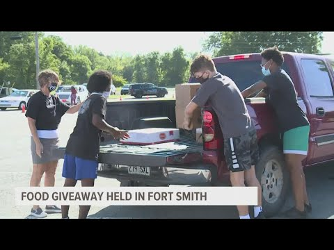 Antioch Holds Pop-Up Food Drive Event In Fort Smith