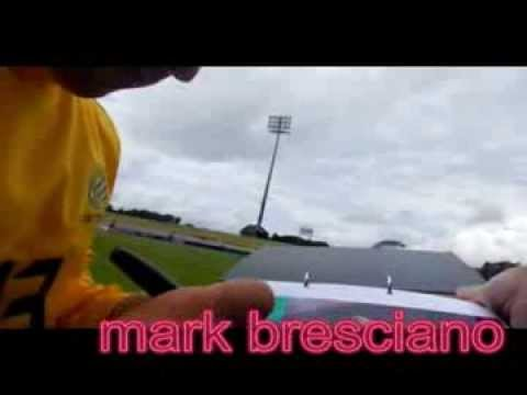 Mark Bresciano signing autographs . . . daylight2nd