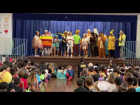 Haha'ione Elementary School Flash Mob - Thriller
