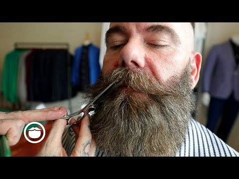 Enormous Dense Beard Gets Trimmed by Master Barber | CxBB VIP