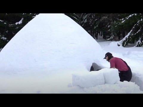 Polish man achieves lifelong dream of building working igloo thanks to heavy snowfall