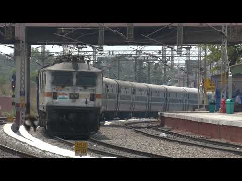 Mysore Jaipur SF's First Run With Electric Traction | 22Mar2018