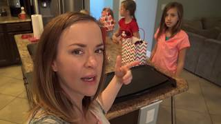 Video 💕VALENTINE CANDY HAUL💕AND AN ACCIDENT HAPPENS! SMELLY BELLY TV | FAMILY VLOGS download MP3, 3GP, MP4, WEBM, AVI, FLV November 2017