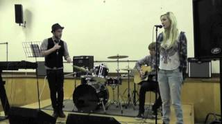 Mustang Sally/Send Me On My Way (Acoustic) - Tom, Megan + Billy
