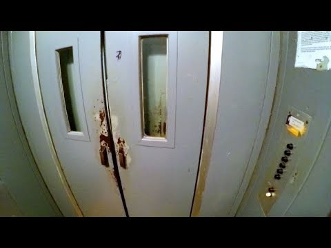 Elevator Experiment - Levitation in a lift & a ghost ride with open doors