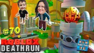 CORRIDA DA MORTE! (Roblox DEATHRUN) Family Plays
