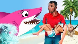 Baby Shark Sing and Dance! | Animal Songs | Songs for Children with Mommy Shark and Sharks Family!