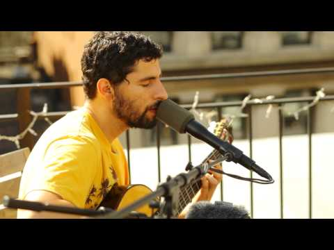 Live Performance of 'Far and Away' by Jose Gonzales