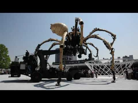 Biggest Spider In The World Yokohama's Spider robot - YouTube
