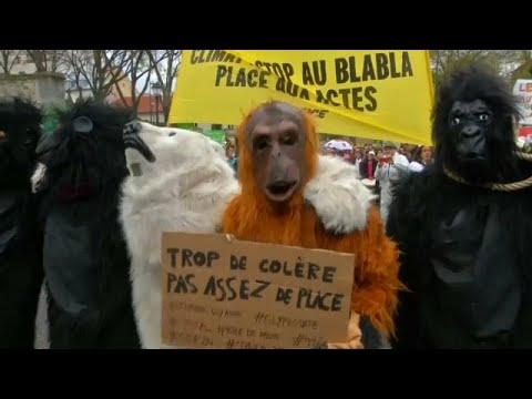 شاهد: مظاهرات في باريس للمطالبة بحماية المناخ والحد من الإحتباس الحراري …  - نشر قبل 2 ساعة