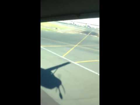 Take off mokulele airlines Oahu