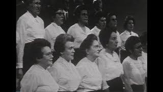 Forn mekhutonim פאַרן מחותנים Tsu der khupe kleyn (live, 1971)