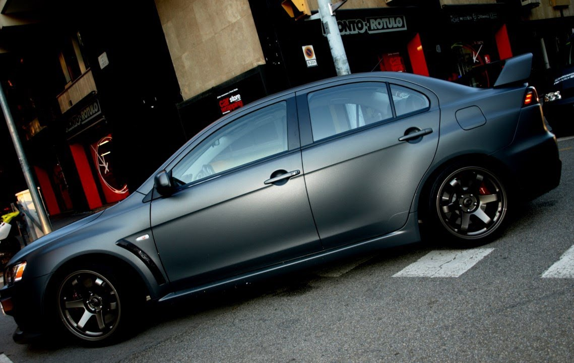 Car Wrapping Mitsubishi Lancer Negro Brillante A Gris Metalizado Mate By Pronto Rotulo Since
