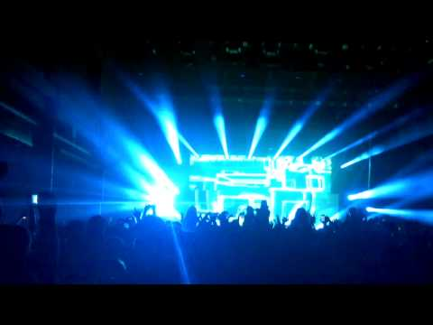 Zedd - Animals Live