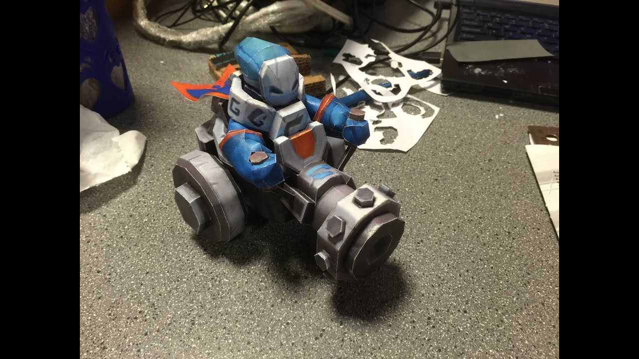 Papercraft League of Legend Papercraft: Blue Minion Seige